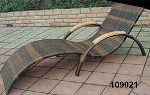 تخت کنار استخر هایپرپول مدل 109024